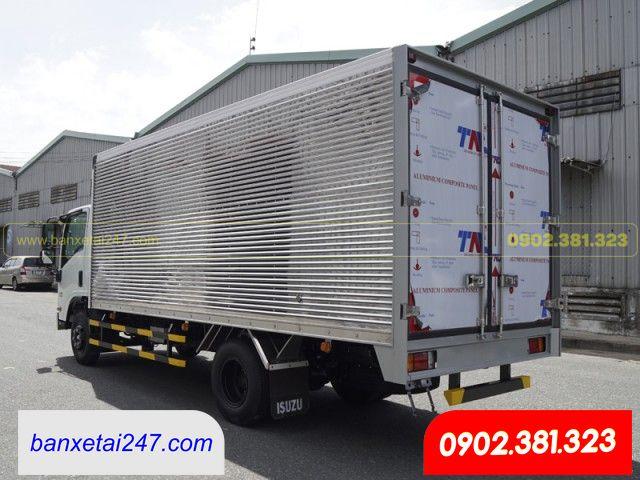 Xe tải Isuzu 3.5 tấn NPR85KE4 thùng kín 2020